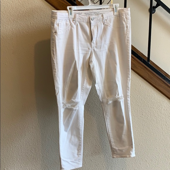 Mossimo Supply Co. Denim - Mossimo White Distressed Mid Rise Legging Crop